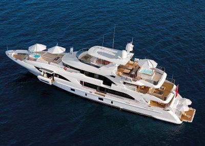 Benetti-Classic-Supreme132 -yacht-umbrellas-girasole-multivalvola